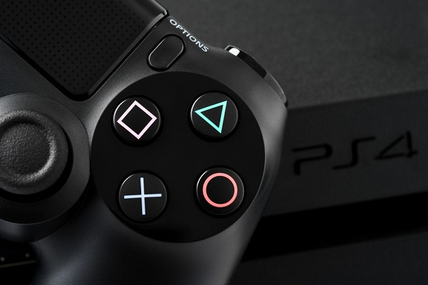 مايكروسوفت تعلق أيضا على تسمية زر X في يد تحكم أجهزة PlayStation