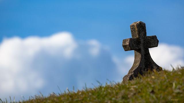 croix dans la campagne