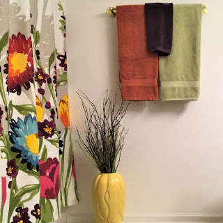 https://www.thechictechnique.com/2017/09/fall-decor-colors-galore-for-bathroom.html