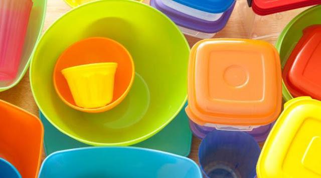 Tips Pintar Merawat Wadah Plastik