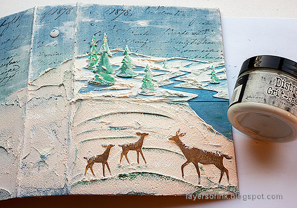 Layers of ink - December Daily Peaceful Winter Tutorial by Anna-Karin Evaldsson. Apply grit-paste.