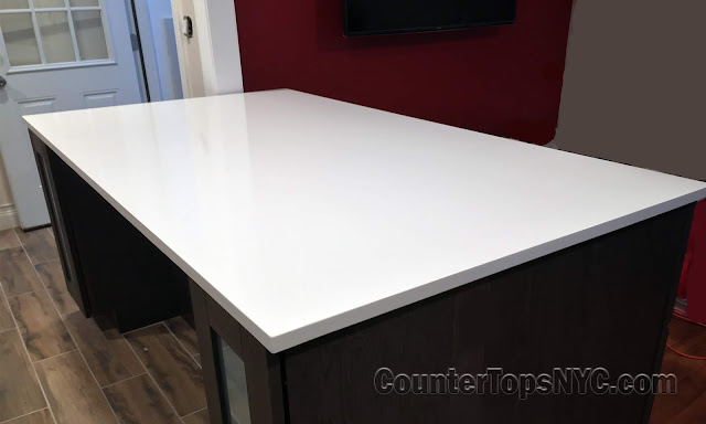 Quartz kitchen island top