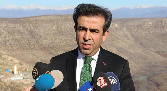 Diyarbakır Valisi Silvan Barajı şantiyesinde incelemelerde bulundu