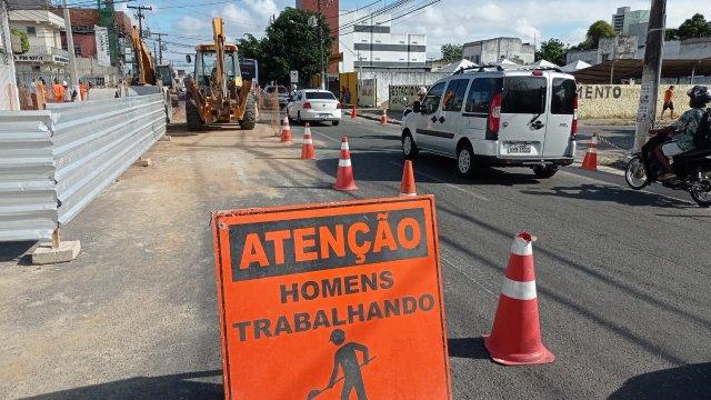 SMT realiza novas interdições no centro comercial e em viadutos de Feira de Santana