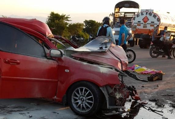 hoyennoticia.com, Cuatro muertos de una misma familia en accidente de transito