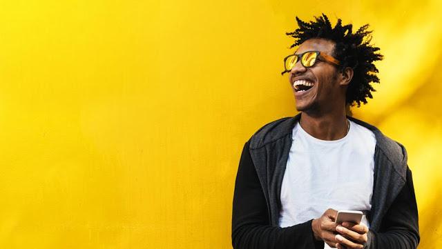 Yellow day 2019 : لماذا اليوم يسمى باليوم الأصفر ولماذا هو أسعد يوم في السنة ؟
