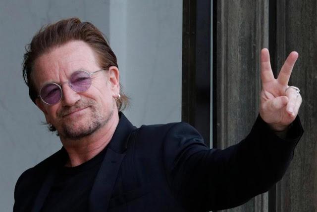 Kesal, Vokalis U2 Minta Suu Kyi Mengundurkan Diri