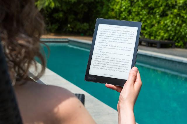E-reader - A Small Portable Book Library