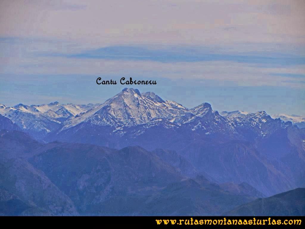 Ruta Montaña Pienzu: Vista del Cantu Cabroneru