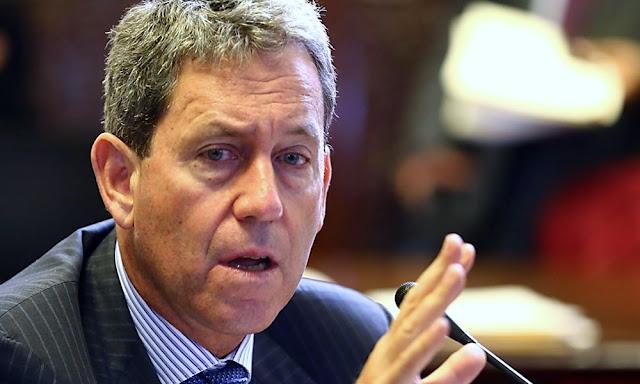 """Alfredo Thorne: Permitir el retiro del 25% de fondos de AFP, """"le haría un daño al trabajador"""""""