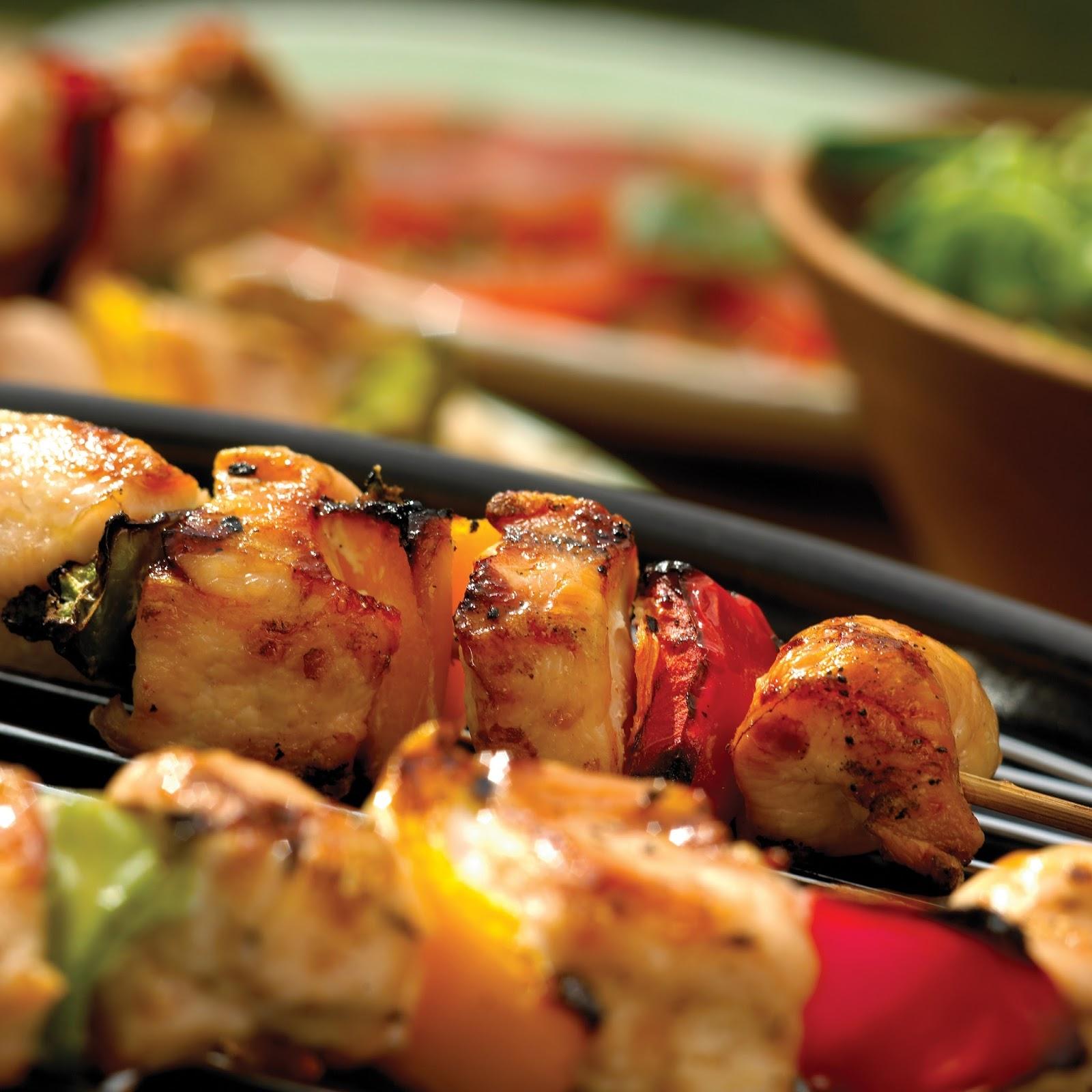 Juicy Chicken And Pepper Kebabs