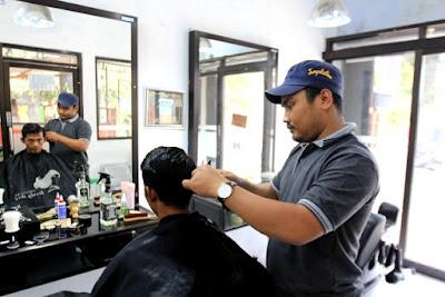 Usaha Pangkas Rambut
