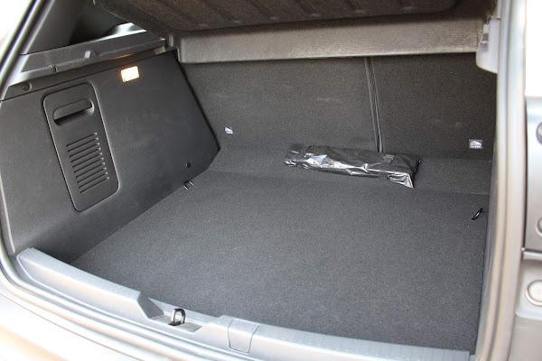 Novo Renault Captur 2022 1.3 Turbo CVT - porta-malas