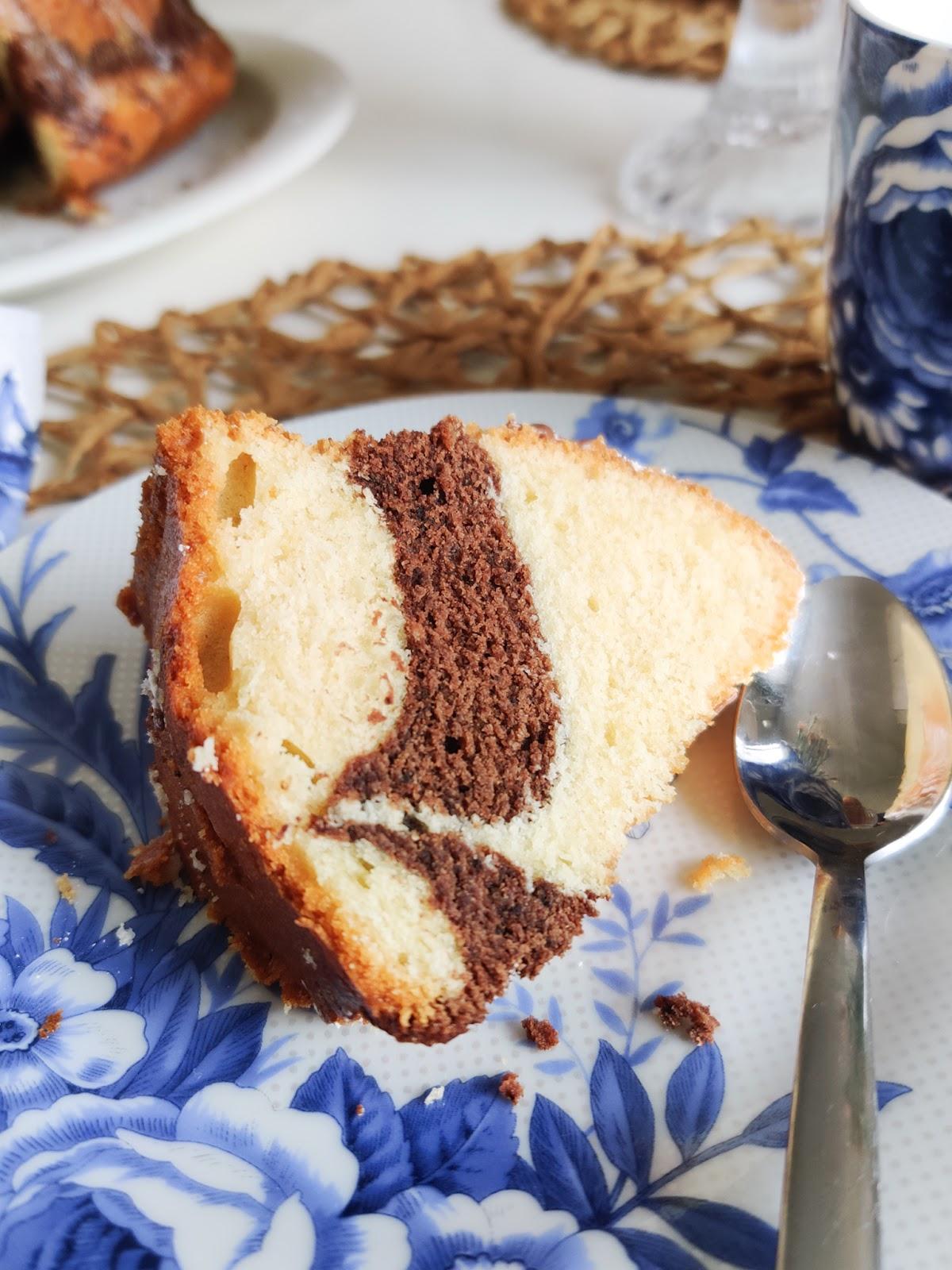Kakkupala lautasella