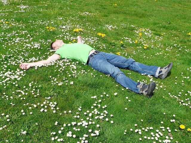 النوم الزائد يعوض قلة النوم