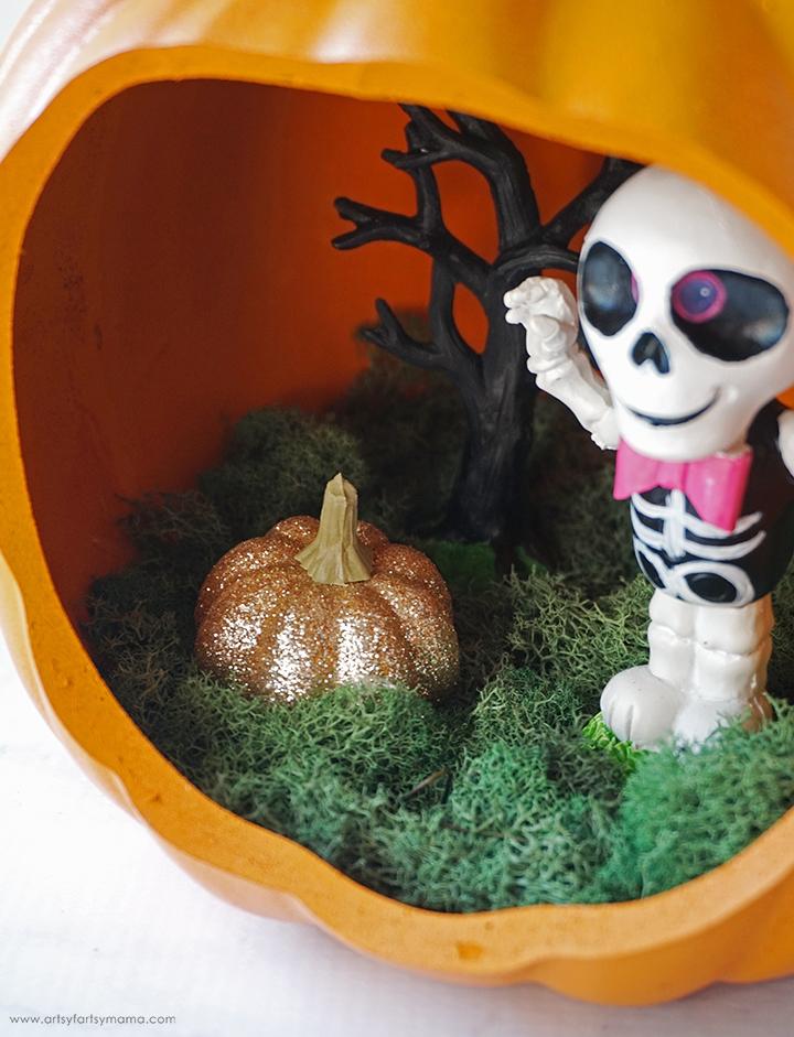 Pumpkin Diorama with Glittered Pumpkin