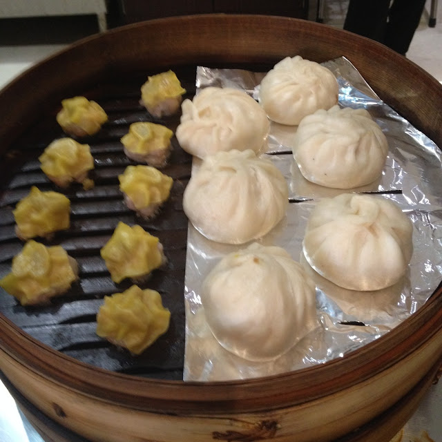 Siomai and siopao at Le Mon Restaurant