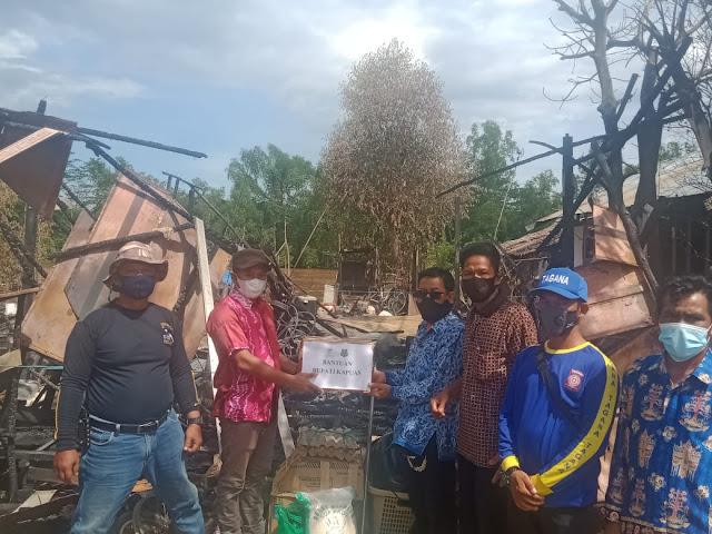 Pemkab Salurkan Bantuan Korban Kebakaran Di Desa Desa Terusan Raya