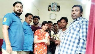 उषा टाइप राइटिंग इंस्टीट्यूट में पुरस्कार वितरण का हुआ आयोजन | #NayaSaberaNetwork