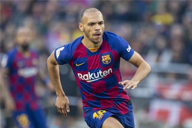 مهاجم برشلونة يتعهد بالبقاء 4 مواسم ونصف