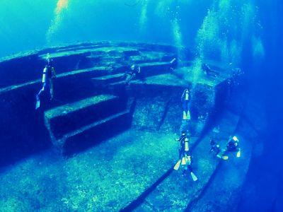 Misteri Monumen Yonaguni yang Berada di Dasar Laut