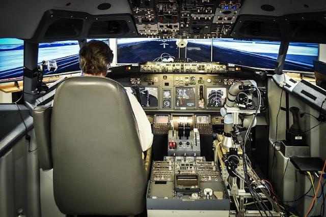 روبوت يمكنه القيام بدور مساعد طيار أحدث مشروع قام به الجيش الأمريكى