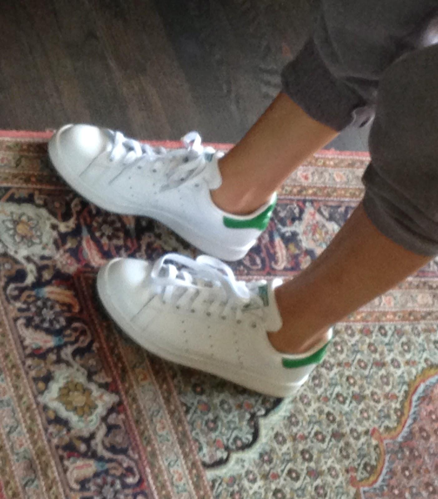 Adidas Superstar Vs Stan Smith Sizing aoriginal.co.uk 73b188b4c