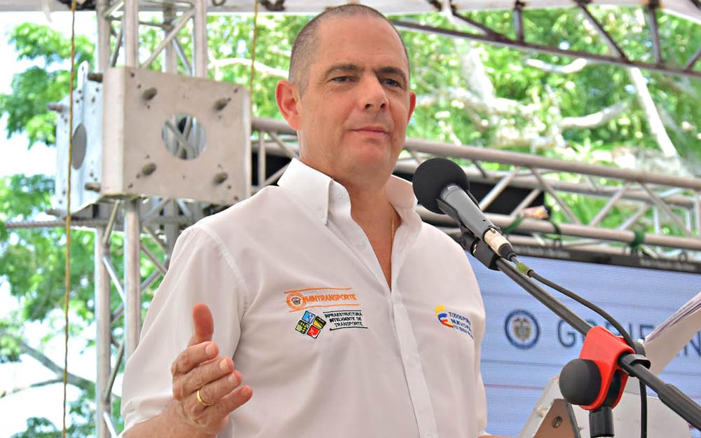 Vargas Lleras pondrá en marcha la segunda fase de las viviendas gratis en  los departamentos de Bolívar 84e600fc776