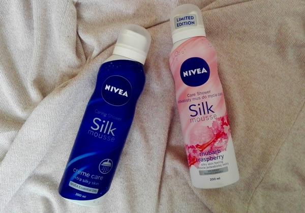 Jedwabiste musy do mycia ciała Nivea