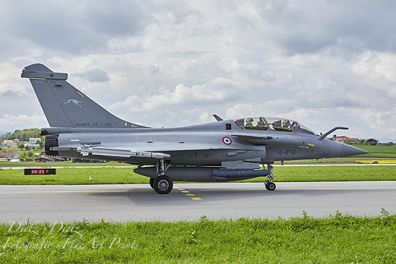 """Rafale B 354 4-FU der EC 02.004 """"La Fayette"""", Escadrille SPA 81, von der BA 113 Saint-Dizier-Robinson nach einem Einsatz"""