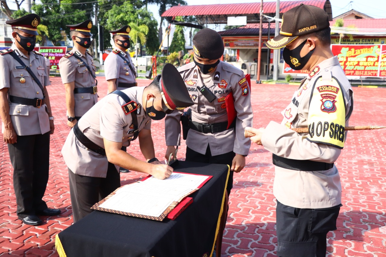 Kapolres Karimun Pimpin Sertijab Tiga Pejabat Utama Polres Karimun
