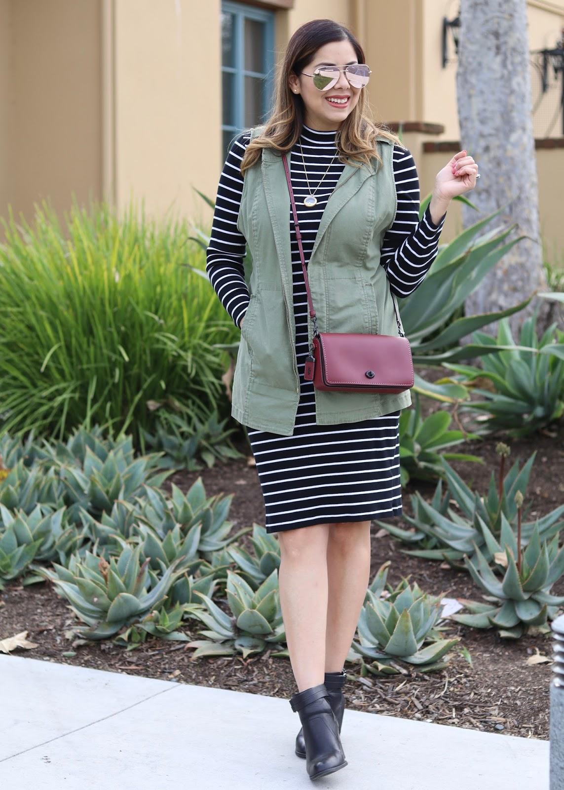 how to wear a striped midi dress, utility vest outfit idea, quay high key sunglasses