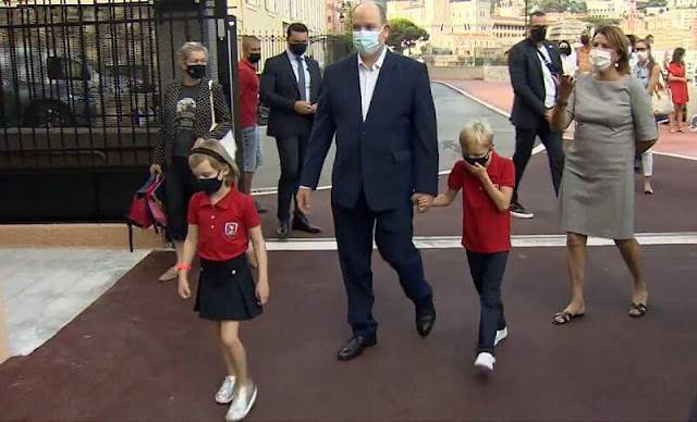 Accompanied by their father Prince Albert II, Hereditary Prince Jacques and Princess Gabriella arrived at school on foot