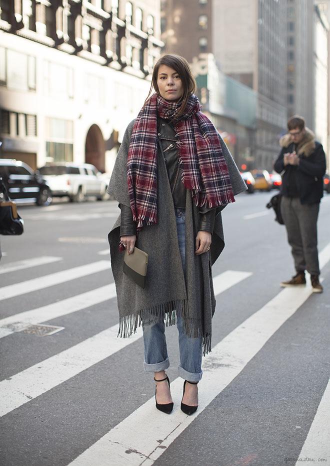 Plaid scarf street style