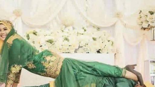 Photoshoot Gaya 'Kamasutra' Pasangan Pengantin Viral