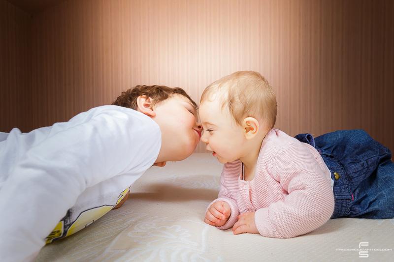 seance photo photographe photographie famille enfants enfant garcon fille bébé parents papa maman fils amour frere soeur frederico santos photography
