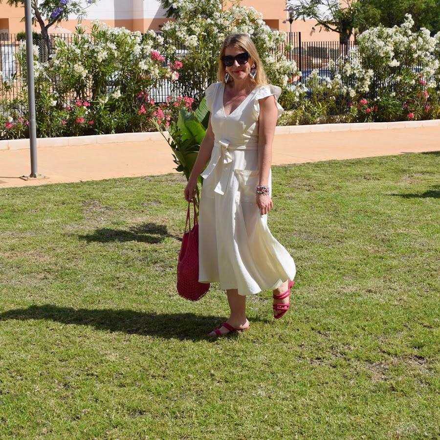 Vestido_complementos_rosas