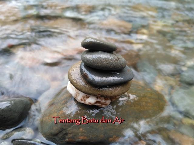 tentang batu dan air