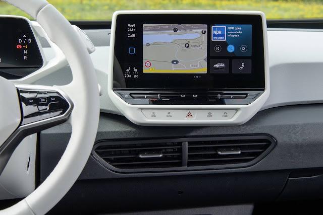 Volkswagen ID.3 - interior - painel