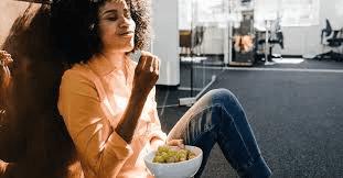 تفسير حلم اكل العنب الاخضر للفتاة