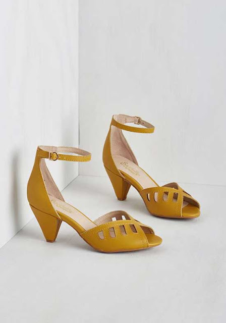 two-inch game heels