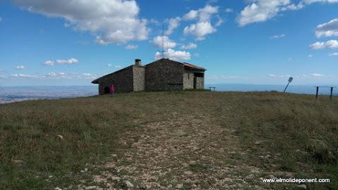 Refugi i ermita de Sant Mamet