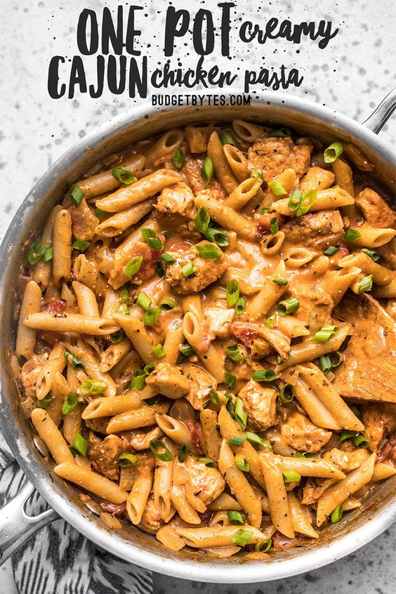 ONE POT CREAMY CAJUN CHICKEN PASTA #recipes #pastarecipes #easypastarecipes #food #foodporn #healthy #yummy #instafood #foodie #delicious #dinner #breakfast #dessert #lunch #vegan #cake #eatclean #homemade #diet #healthyfood #cleaneating #foodstagram