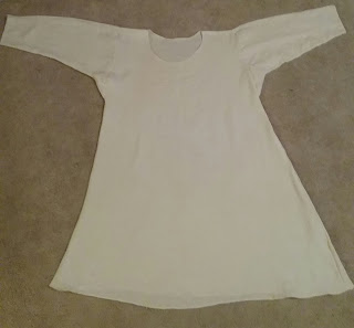 "White linen smock for 16th century, from design in ""The Tudor Tailor"""