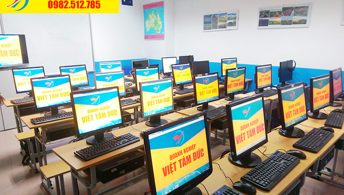 Phòng máy lớp học đồ hoạ photoshop