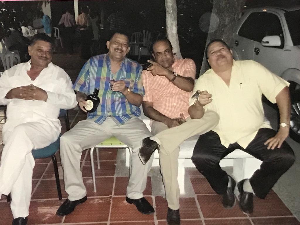 https://www.notasrosas.com/En una misma fecha:  'La Gran Fiesta' y  'El Gran Dolor'