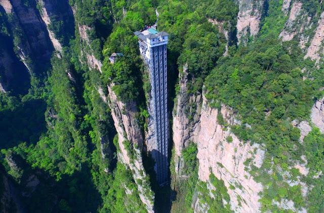 Bailong Elevator - Paket Tour 8H7M Guilin Zhangjiajie Sept-Nov 2018 - Salika Travel