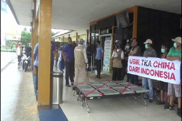 Tanggapi Survei Median, Syahganda: Terbukti Rakyat Indonesia Anggap China Musuh