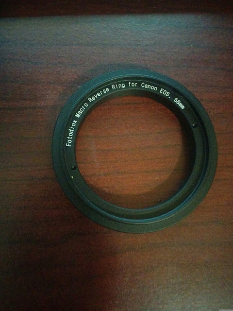 ring adaptor for reverse macro photography