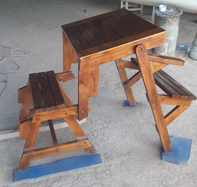 Perabotan Furniture Dengan Desain Modern